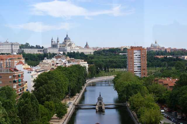 Вид на реку Мансанарес
